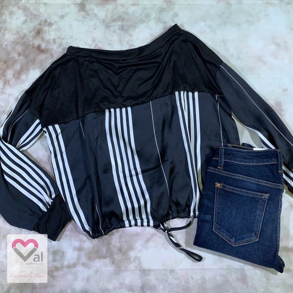 Long Sleeve Solid Top with White Stripe Contrast and Drawstring