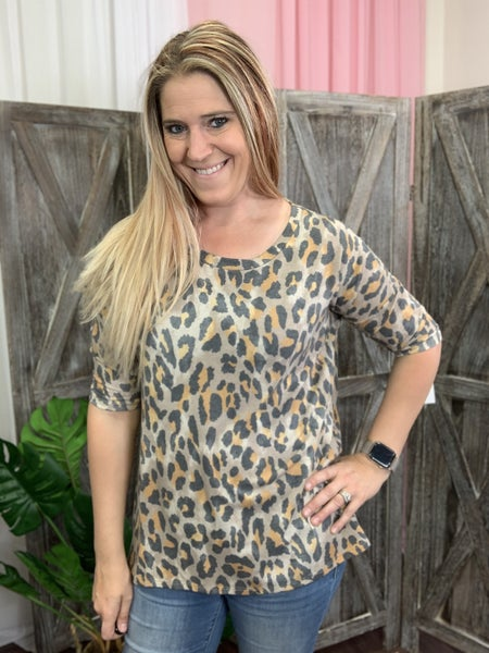 Half Sleeve Cartoon Leopard Print Top with Slit Detail