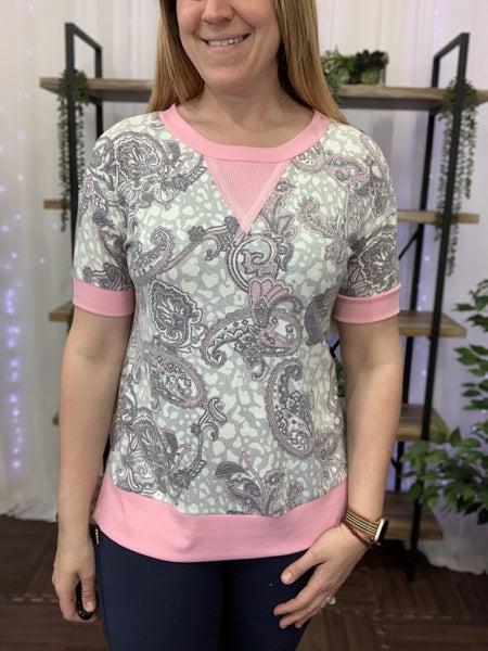 Short Sleeve Paisley Print Weekender Top
