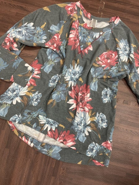 Long Sleeve Floral Top with Neckline Stitch Detail