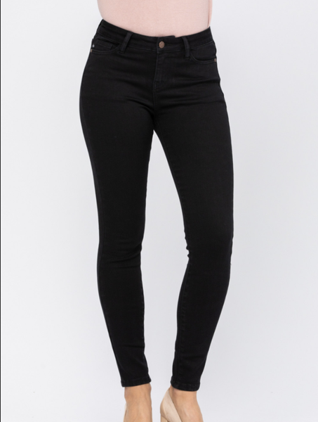 Judy Blue Mid Rise Black Skinny Jeans