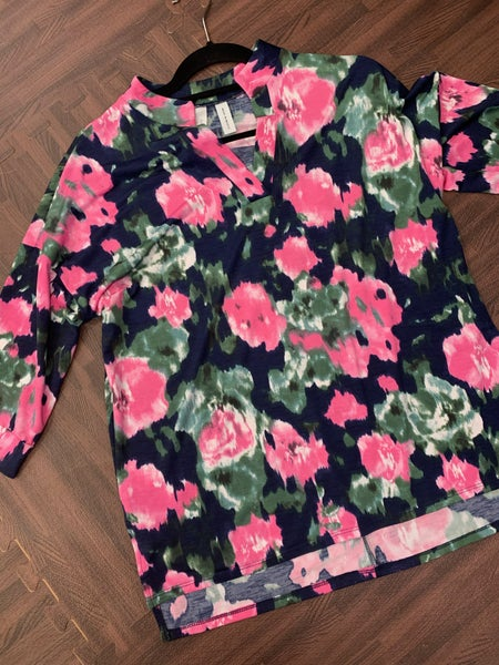 3/4 Sleeve Mock V Neck Abstract Floral Top