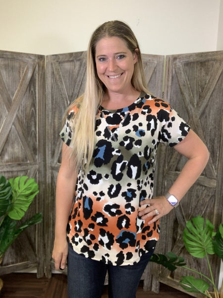 Short Sleeve Ombre Leopard Top with Stitch Detail