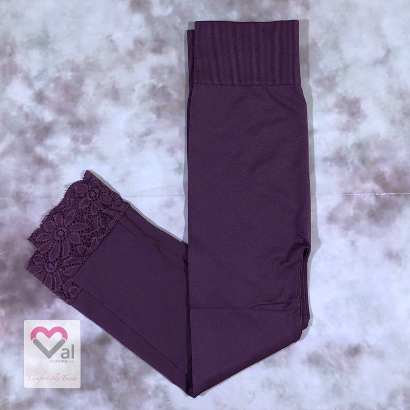 Seamless Capri Leggings with Lace Bottom Detail - Eggplant