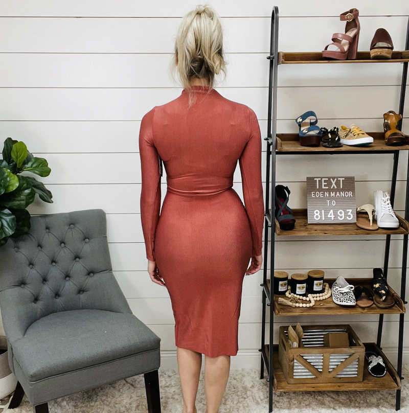 Cut Out Front Long Sleeve Dress