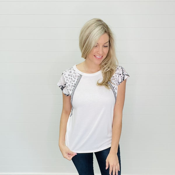 Crew Neck Short Printed Sleeve Top - White
