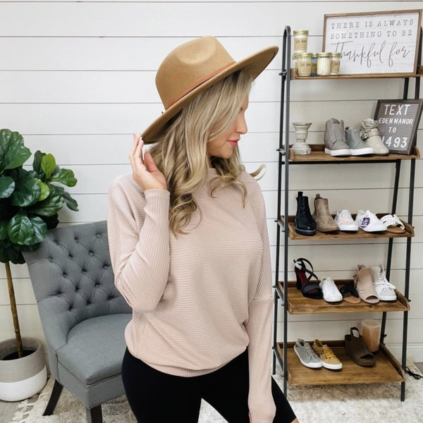 Medium Brown Wide Brim Hat