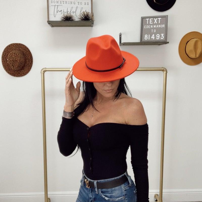 ON SALE - Wool Brim Hat RED