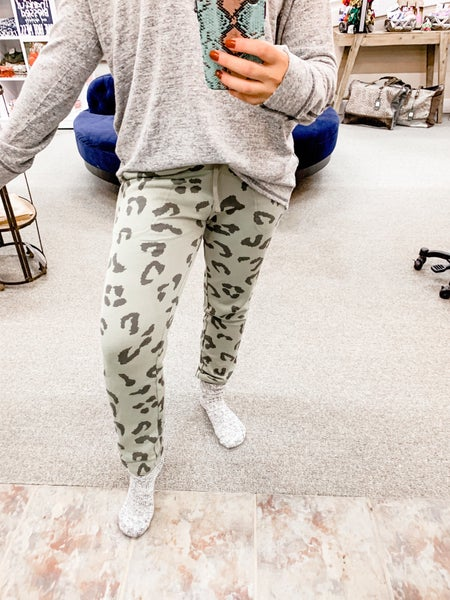 'Pump It Up' Cheetah Joggers