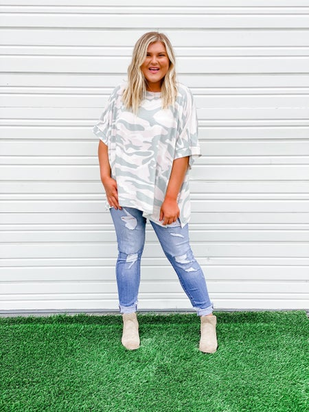 'Now You See Me' Poncho Top