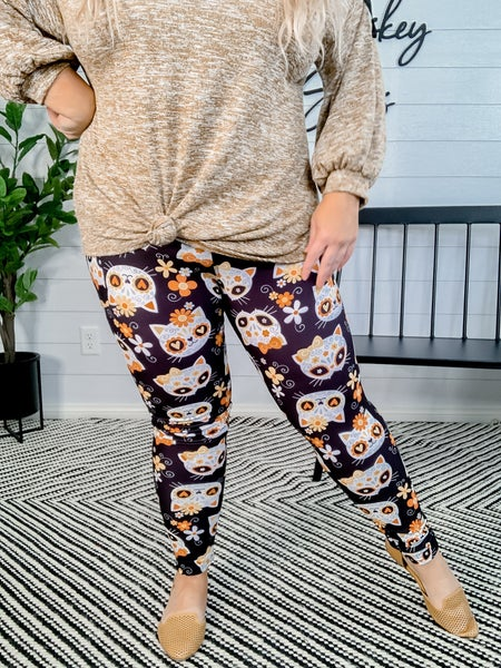 PLUS/REG Cat Sugar Skull Pocket Leggings