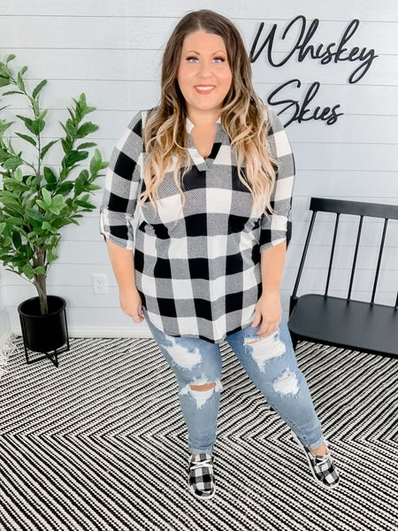 PLUS/REG Black & White Buffalo Plaid Gabby