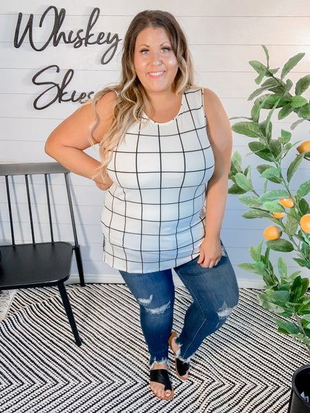 PLUS/REG Plaid Top