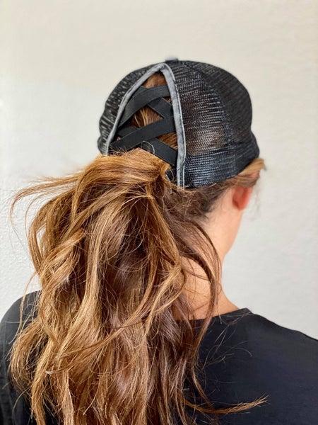 Criss Criss Ponytail Caps (Two Colors)