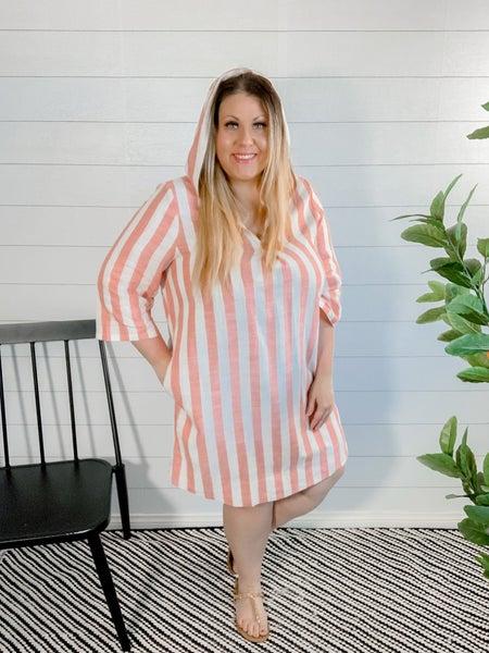PLUS/REG Beachy Linen Dress with Hood