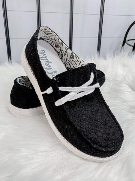 Very G Black Tennis Shoes