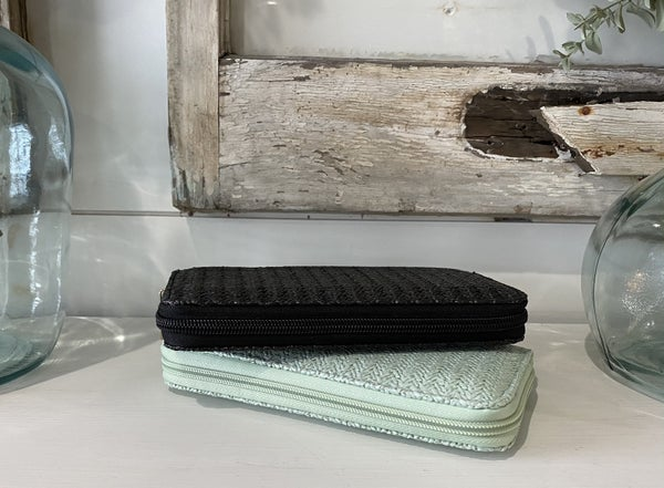 Seagrass Wallet