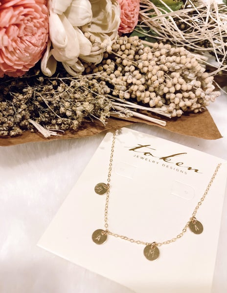 Mama Stamped Necklace