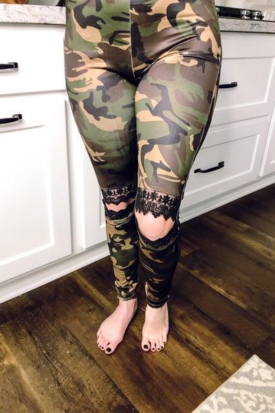 Lacey Camo Legging