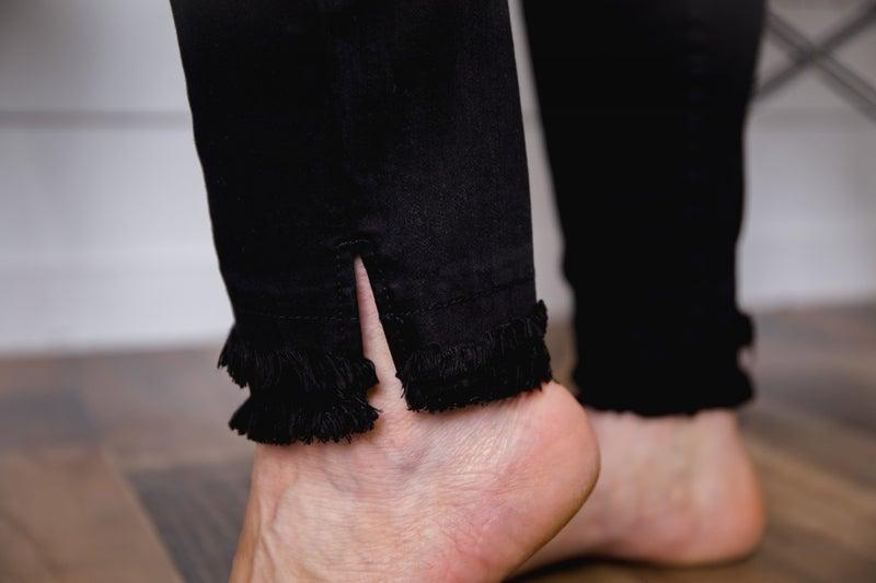 Kathrine Distressed Skinnys