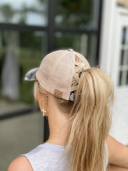 Camo criss-cross Hat