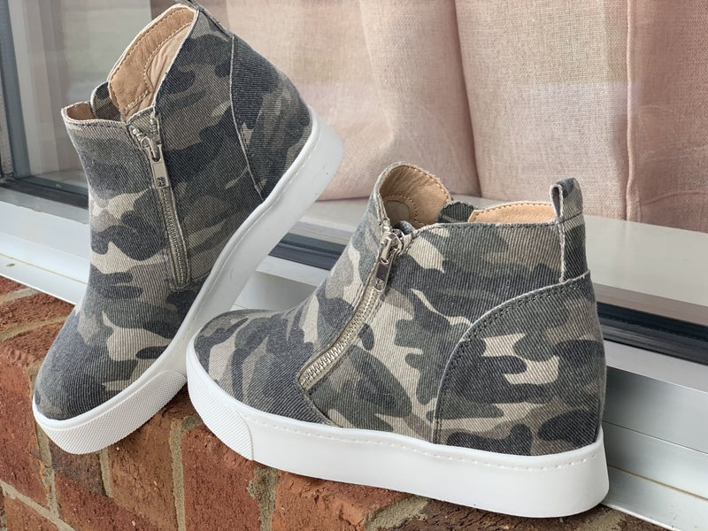 Camo wedged tennis shoes *Final Sale*