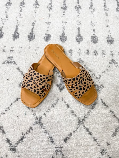 {3 Strap Cheetah Flats} *Final Sale*