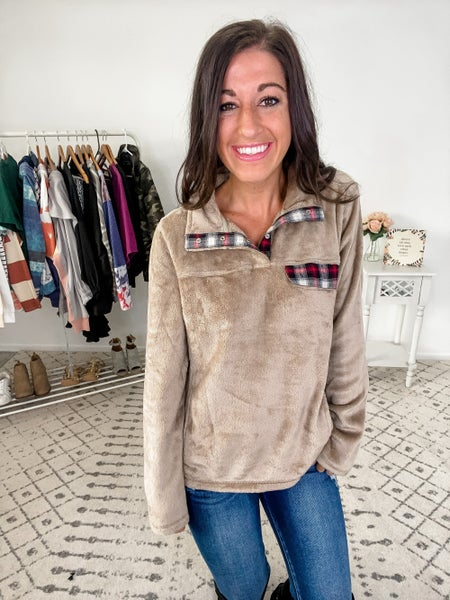 {Natural Fleece Pullover}