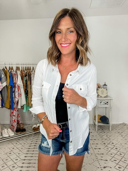 {Basic White Button Up} *Final Sale*