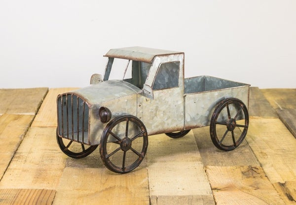 OLD-TIME TRUCK PLANTER