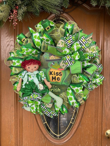 Frog St Patrick's Wreath