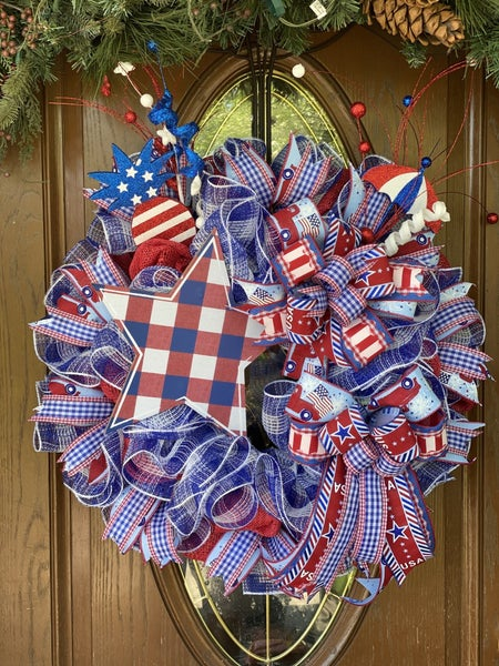 Zacks Patriotic Star Wreath
