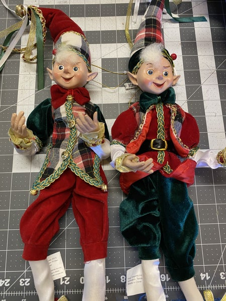Red and Green Raz Plaid Elves