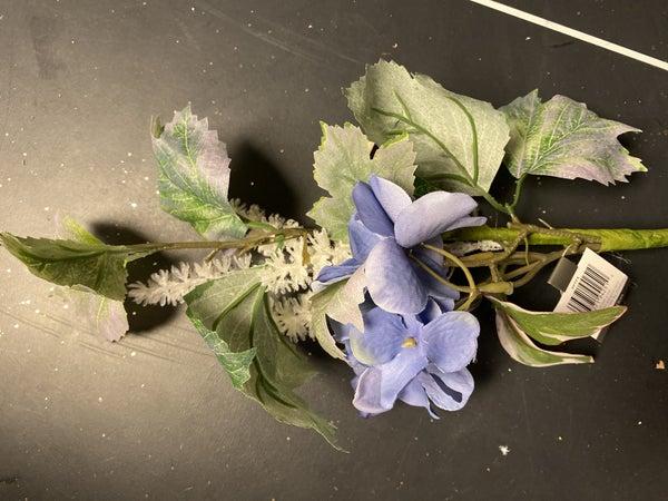 hydrangea petunia spray