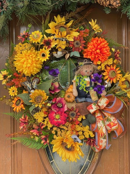 Falls Scarecrow Sunflower Wreath