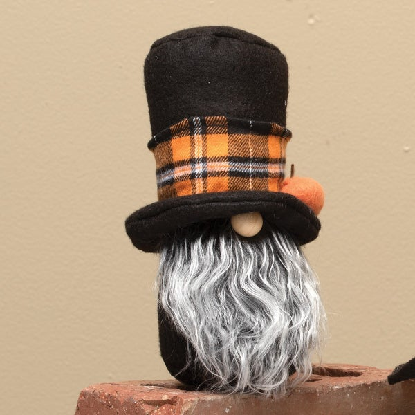 "WARLOCK GNOME WITH PUMPKIN, WOOD, NOSE, GREY BEARD & OR PLAID TOP HAT 4""X7.5"""