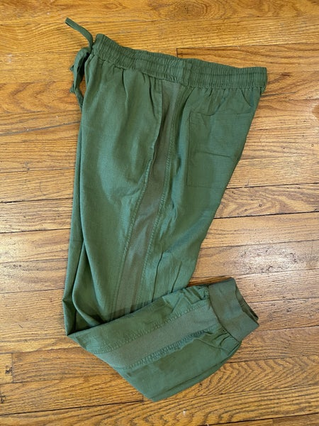 Linen jogger in Olive