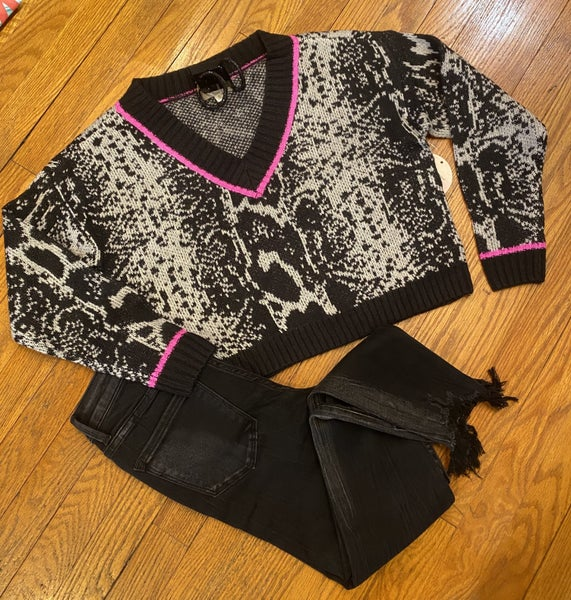 Cropped snake print sweater